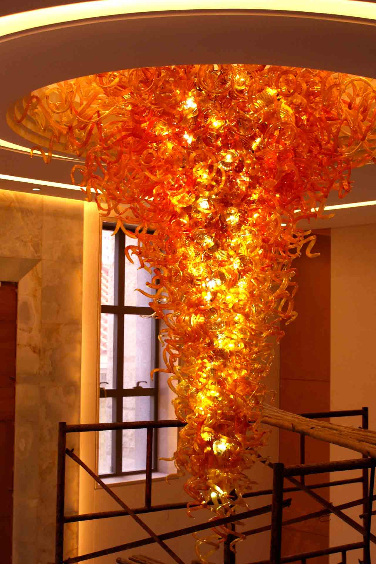 Superior Quality Hand Blown Glass Chandelier for Lobby Decoration
