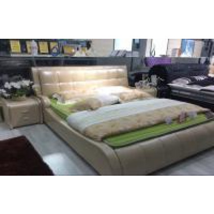 Classic Leather Bed (J351-2)