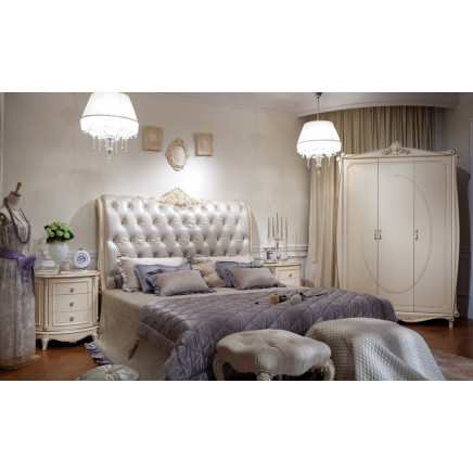 Classical Wooden Bedroom Furniture